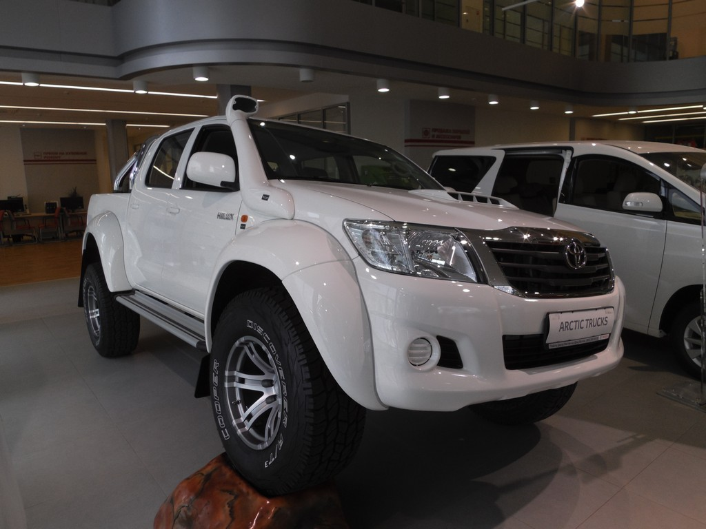 Hilux AT 35