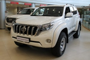 TOYOTA LAND CRUISER PRADO 2.8 CR AКП АТ35